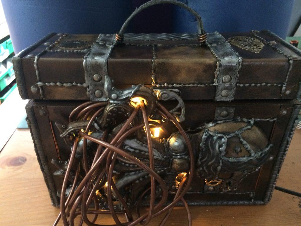 christopher cracknell prop maker steampunk chest