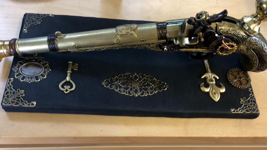 christopher cracknell prop maker steampunk pistol